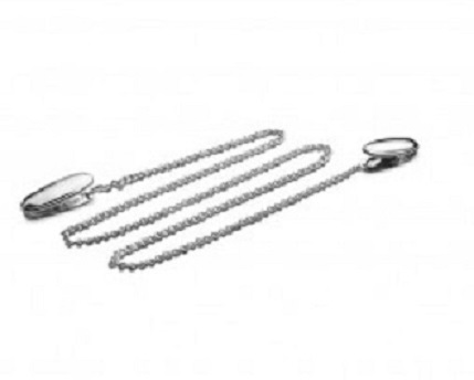 Servetketting; servetklem met ketting verzilverd